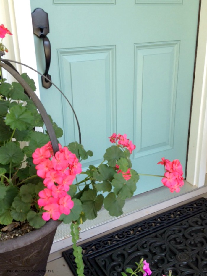 front-door-geranium-the-painted-chandelier
