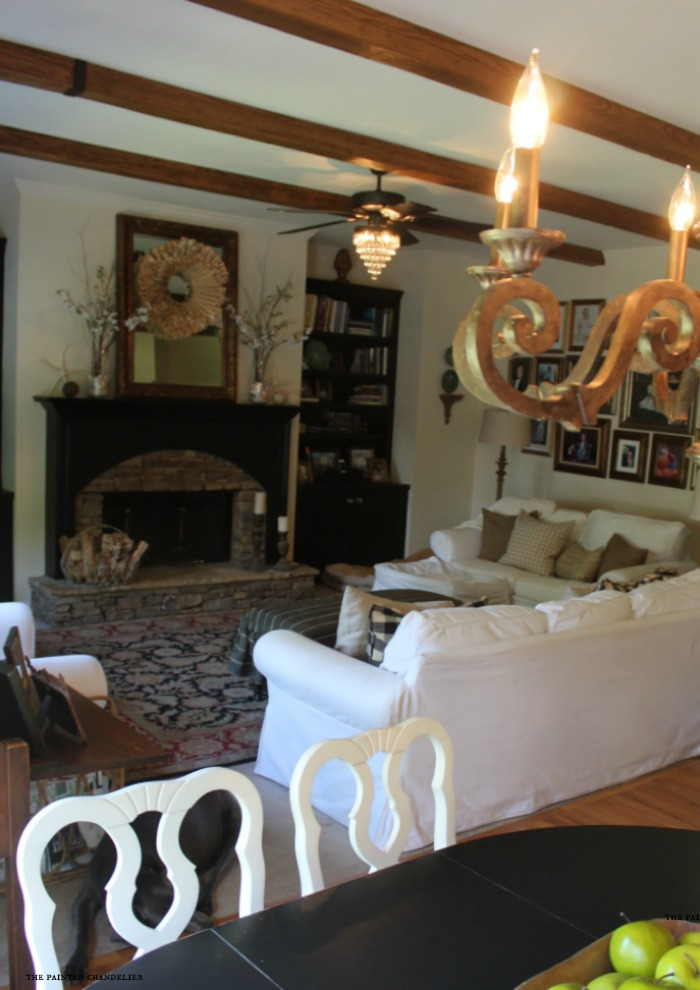 kitchen-to-family-room-shot-with-az-faux-beams