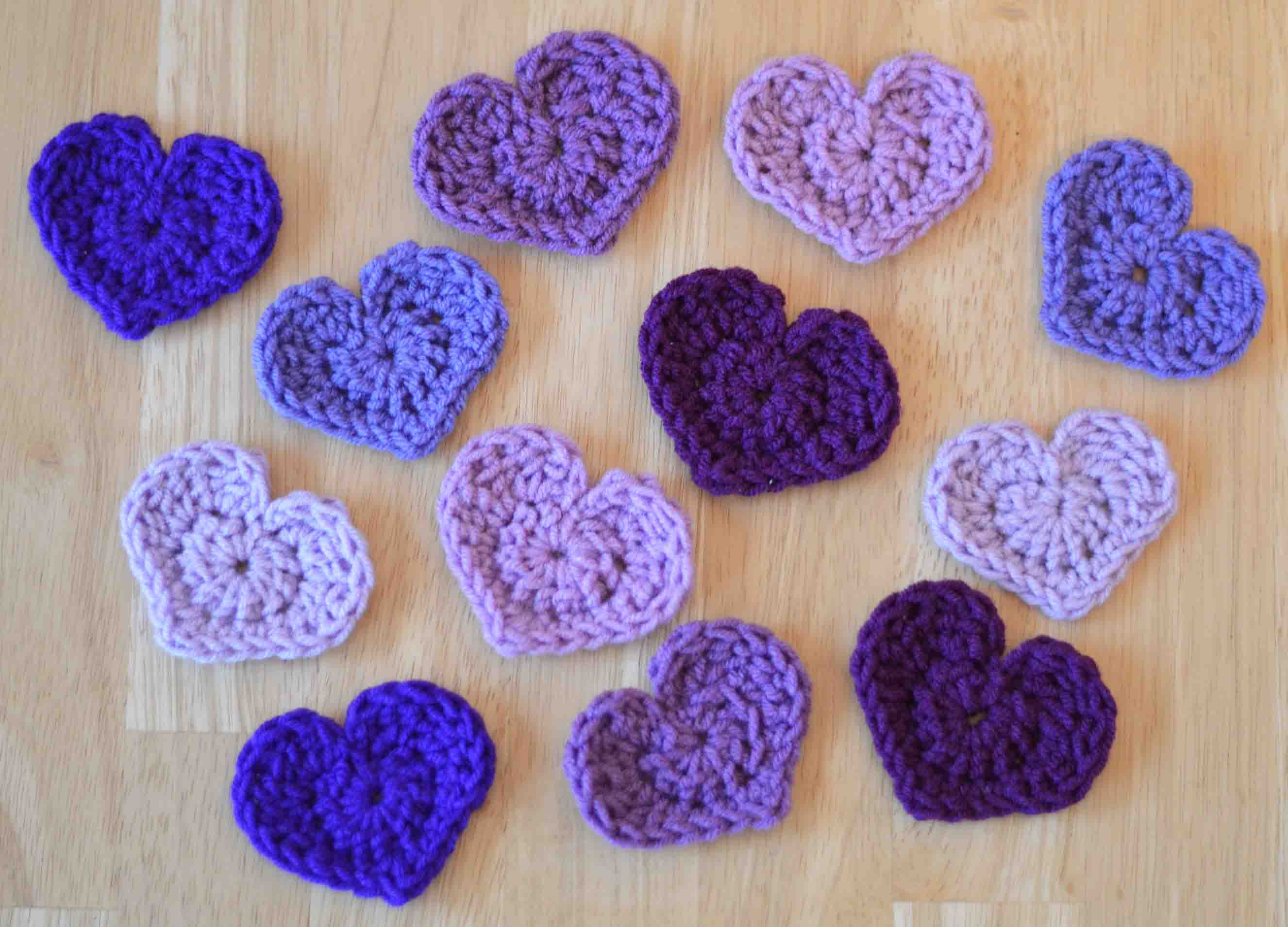 The easiest heart crochet pattern ever crochet heart pattern so what can you do with these once you make a bunch of them they can be used for garlands and wreaths or stitched together for bankloansurffo Images