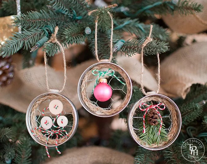 Mason Jar Lid & Chicken Wire Christmas Ornaments