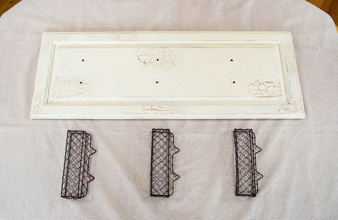 DIY Farmhouse Style Chicken Wire Basket Shelf