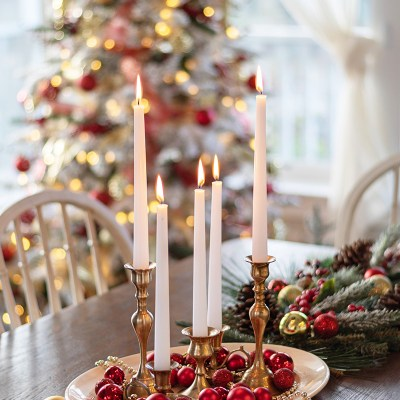 A Red and Gold Christmas in the Dining Room