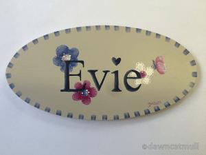 evie_plaque