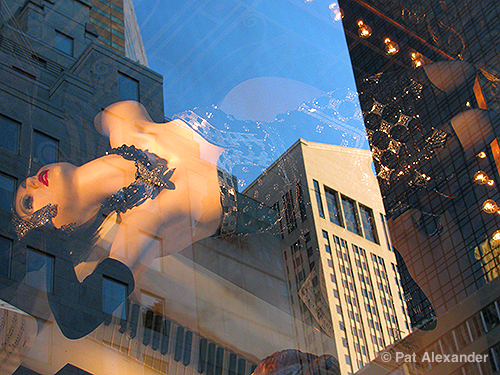 upsidedown-mannequin-nyc