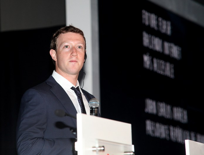 Mark Zuckerberg in Panama. Photo by the Presidencia.