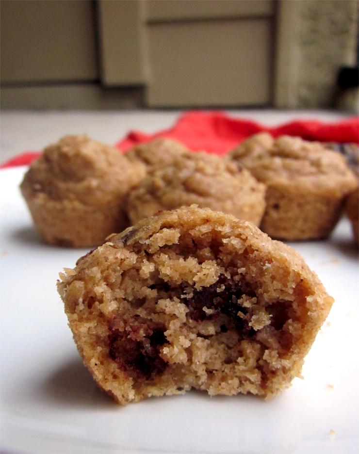 Almond Butter Quinoa Oat Mini Muffins