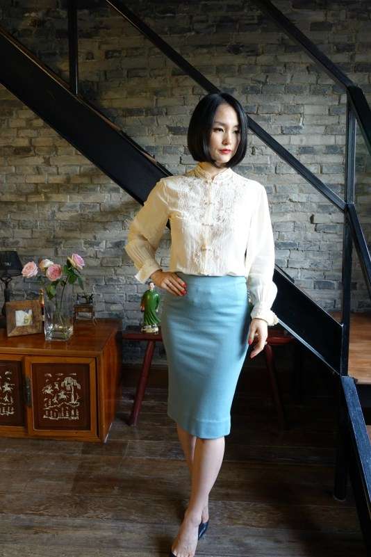 Wearing my vintage qipao cheongsam top with an aqua pencil skirt