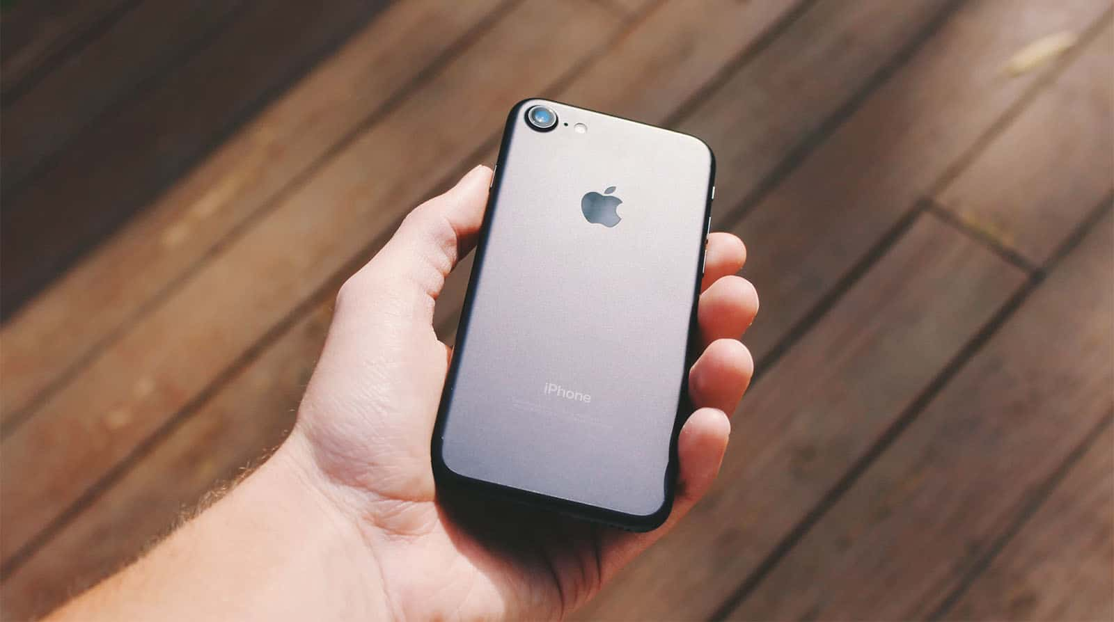 Apple iPhone 9 or iPhone SE