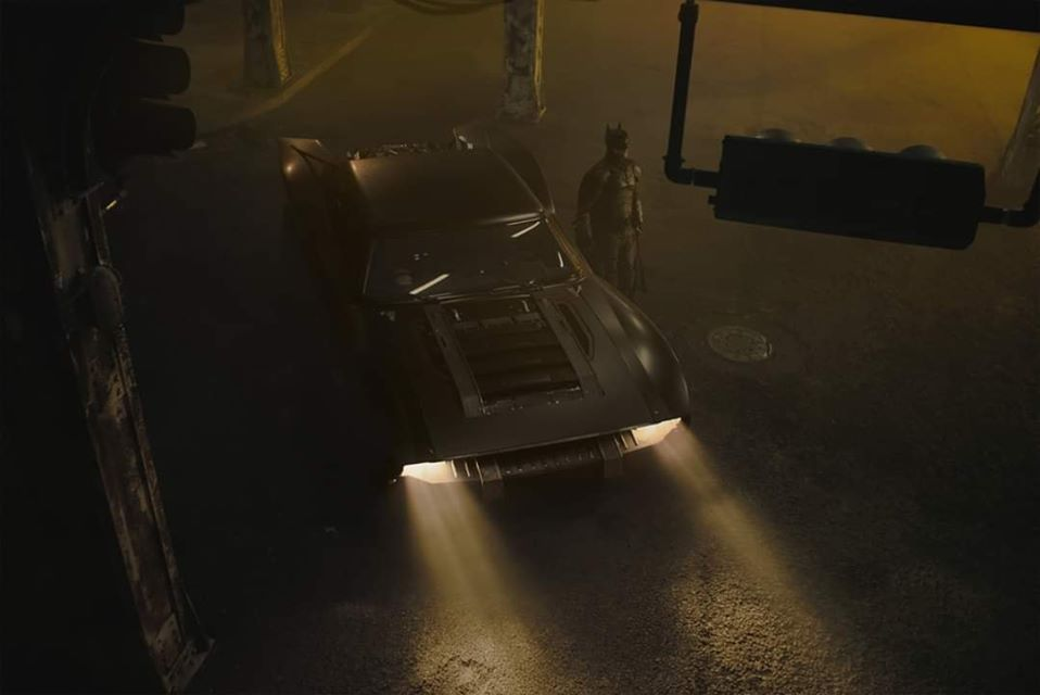 Robert Pattinson Batmobile in The Batman
