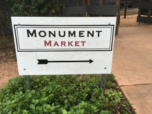 monument market
