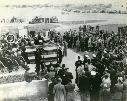 NAS 1941-ceremony pao platform