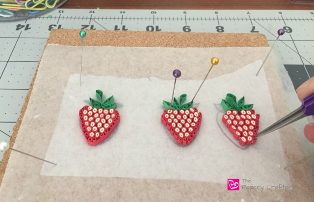 AssemblingQuillingPaperStrawberries - HowToMakeQuillingPaperStrawberries
