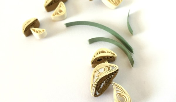 How to make quilling paper mushrooms for all your autumn crafts | thepaperycraftery.com