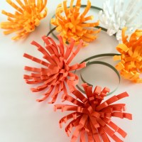 How to Make Quilling Paper Mums