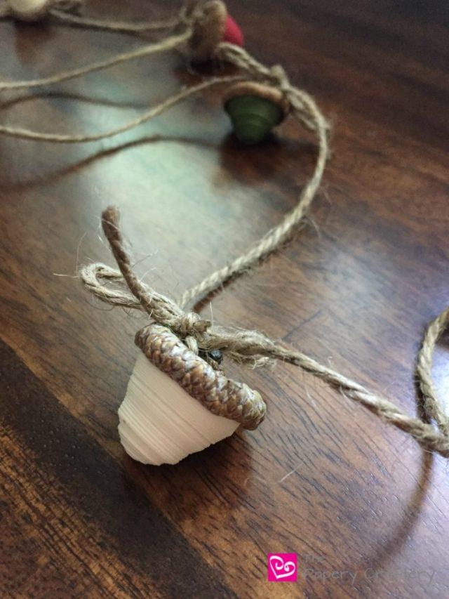 ivory-paper-acorn-diy-paper-acorn-garland