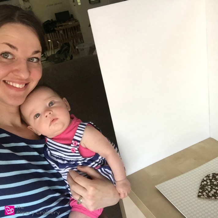 How I Run a Craft Blog while Raising 2 Small Children - Ways I stay motivated to be productive paper craft blogger while enjoying my time with my kids || www.thepaperycraftery.com