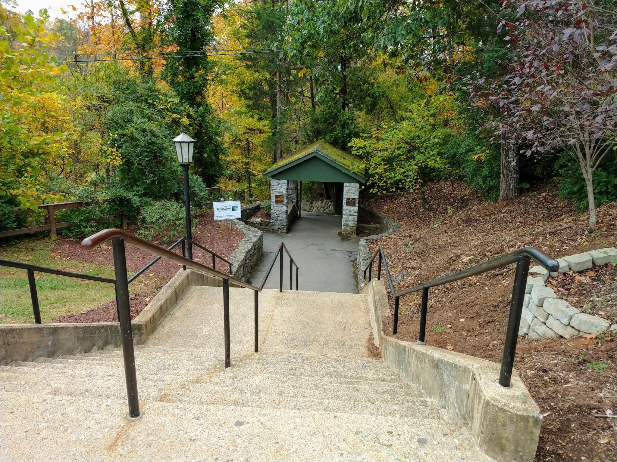 Natural Bridge State Park Entrance