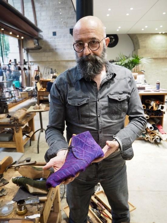 Philippe Atienza dans son atelier
