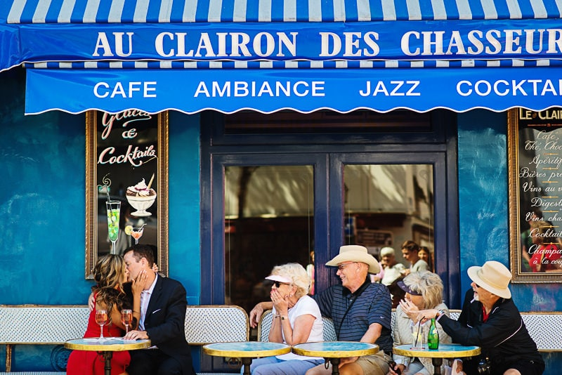 Anniversary photo in Paris