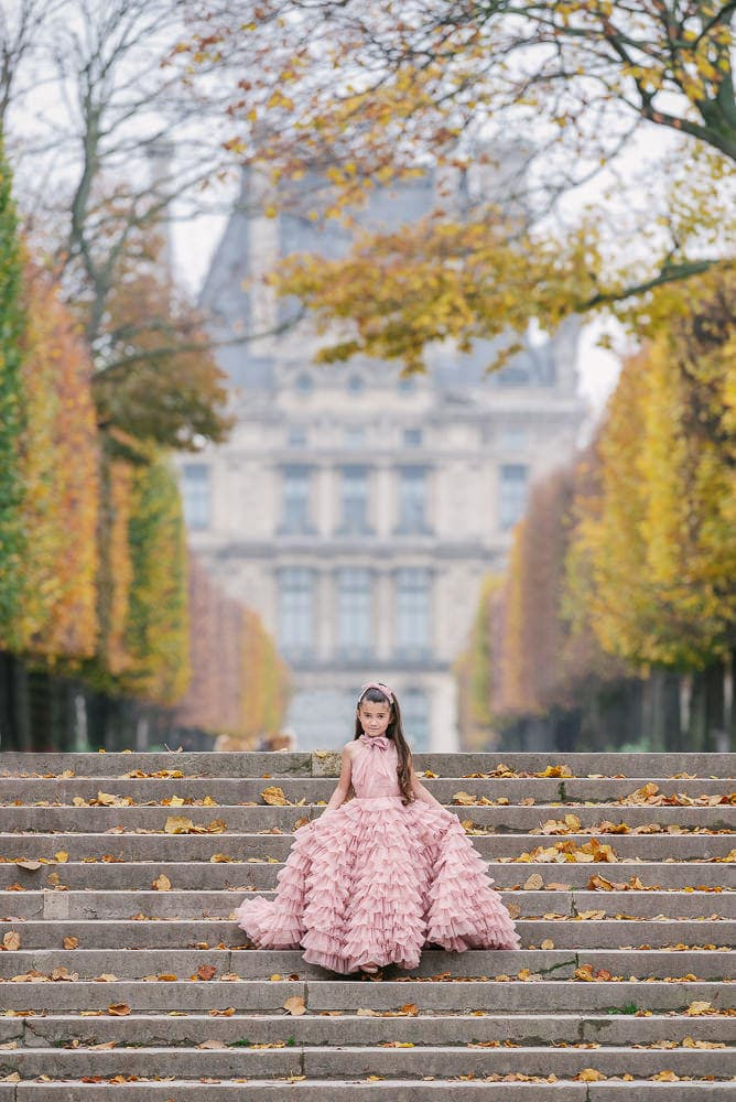 where to take family portraits tuileries gardens in paris