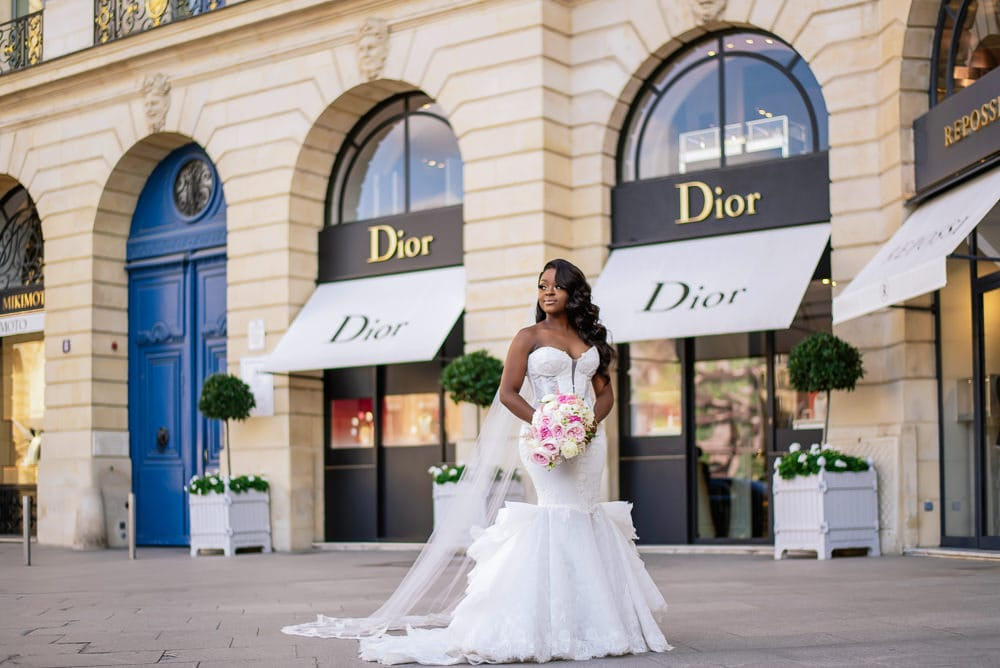Plaza Athenee Paris Wedding - couples portraits Place Vendome-1