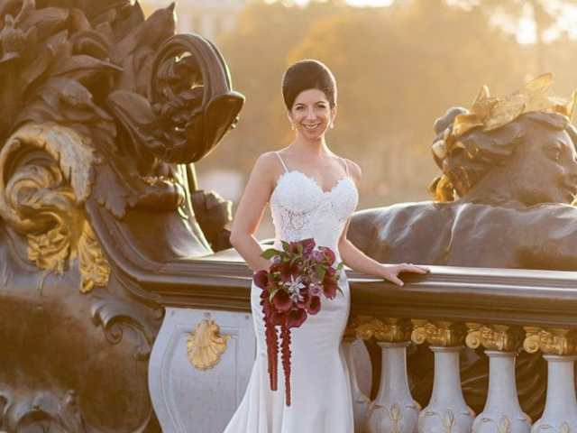Hotel Crillon Paris wedding – Alexander 3 bridge portraits -3