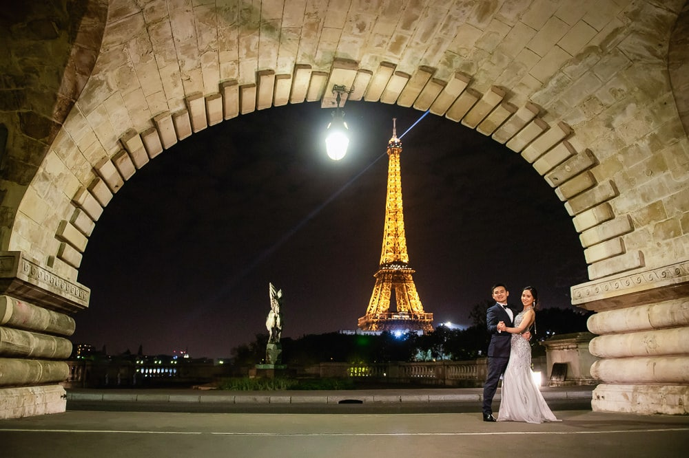 Night pre wedding photos at the Eiffel Tower