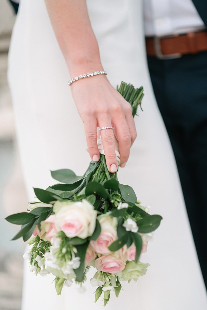 cost of eloping in paris includes the price of wedding bouquet