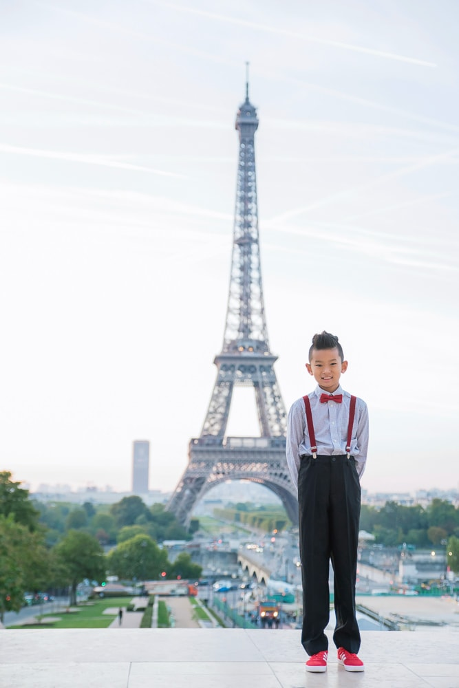 family photo shoot in paris 11