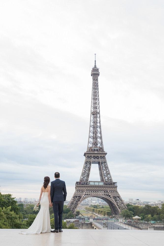 Daniel takes wedding photos for The Paris Photographer