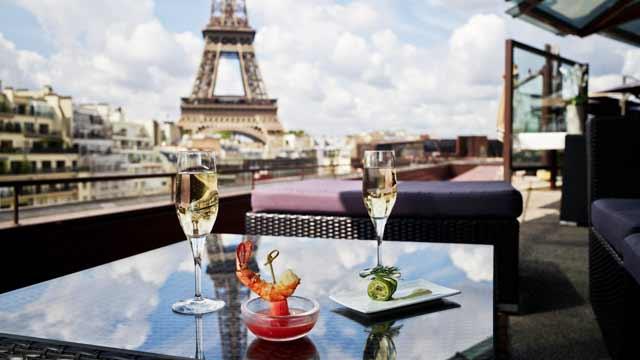 Les Ombres Paris restaurant