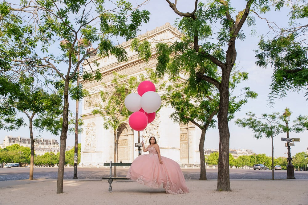 places to take quinceanera pictures champs elysees paris