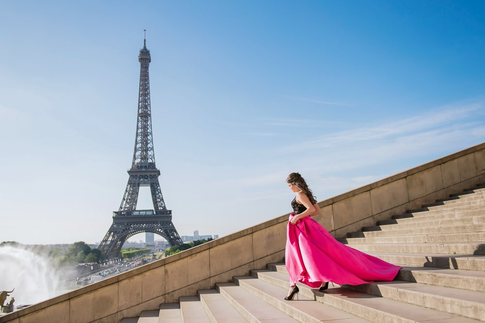 places to take quinceanera pictures in paris by the eiffel tower