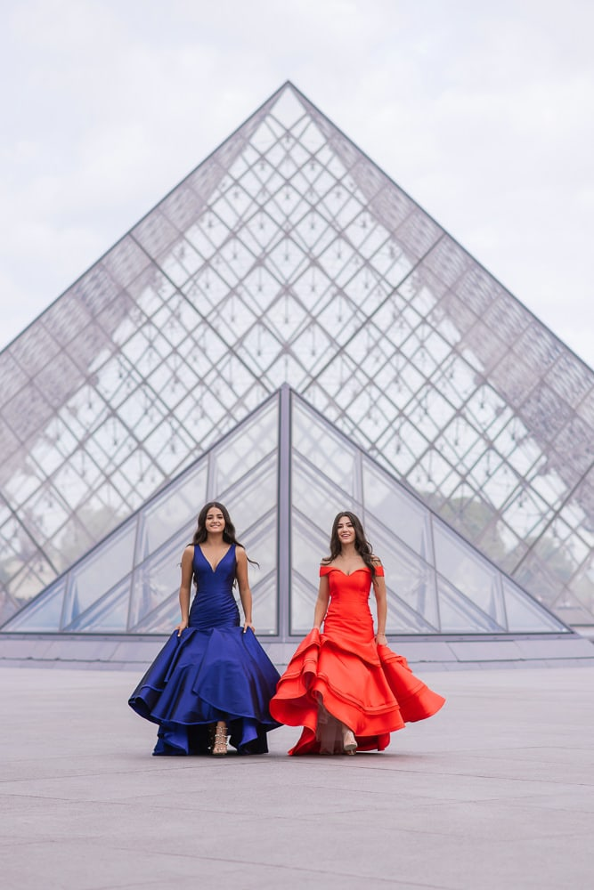 quinceanera photo shoot - two beautiful girls walking in Paris
