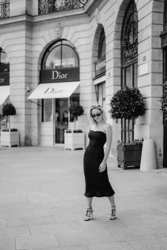 Personal branding photo in Paris - Place Vendome