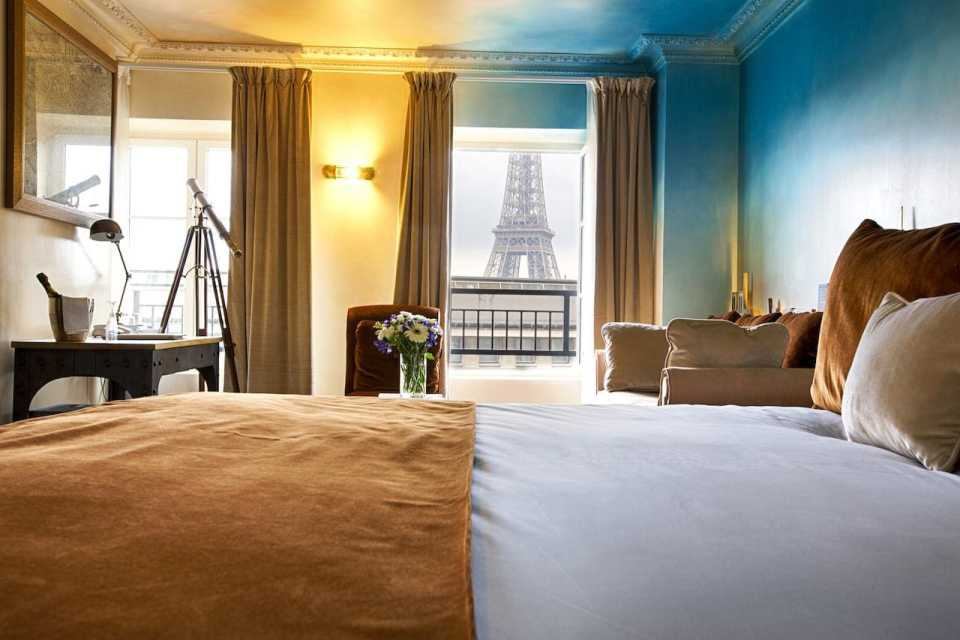 Hotel Eiffel Trocadero - romantic hotel in Paris