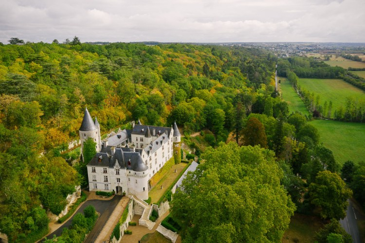 Chateau de Chissay - Ideal location for small weddings in Loire Valley not far from Paris - drone