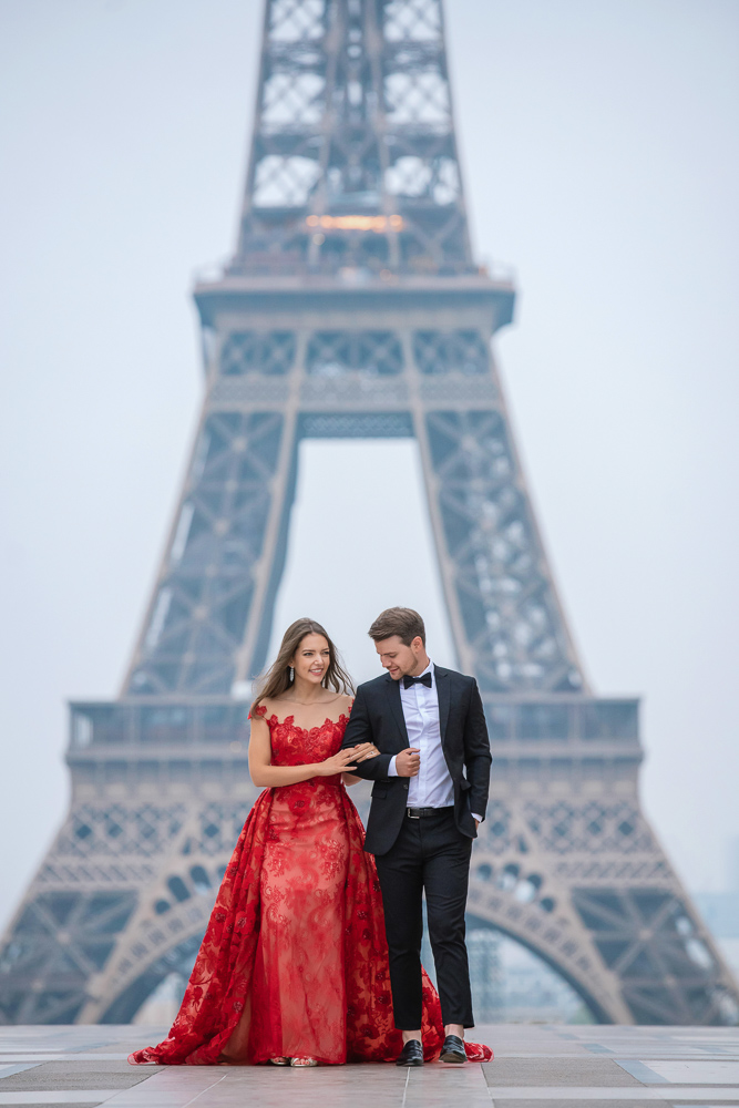 Winter wedding photoshoot in Paris by Pierre 1