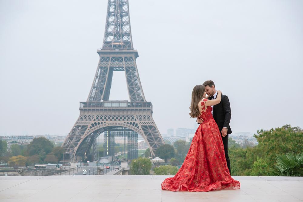 Winter wedding photoshoot in Paris by Pierre 15