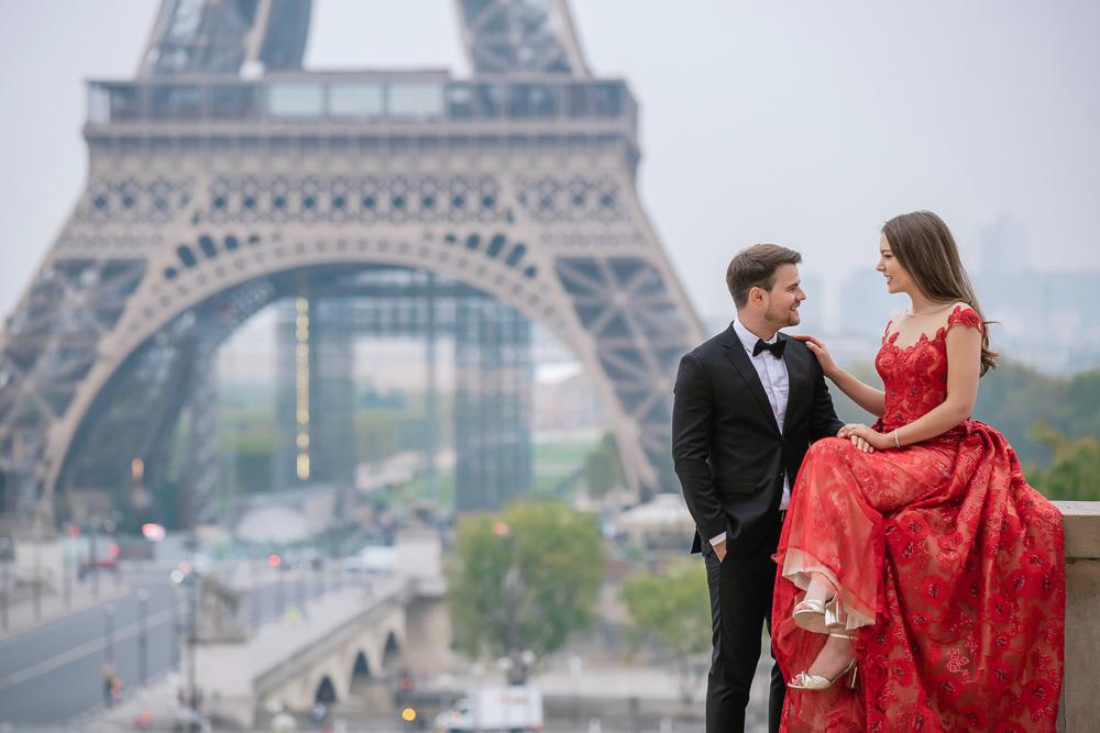 Winter wedding photoshoot in Paris by Pierre 19