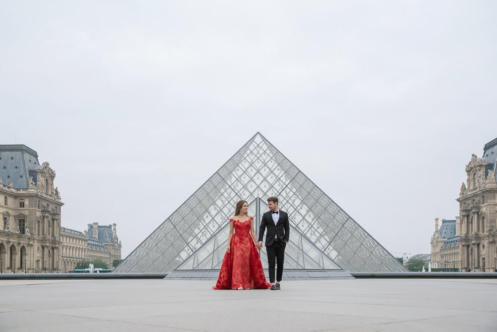 Winter wedding photoshoot in Paris by Pierre 30