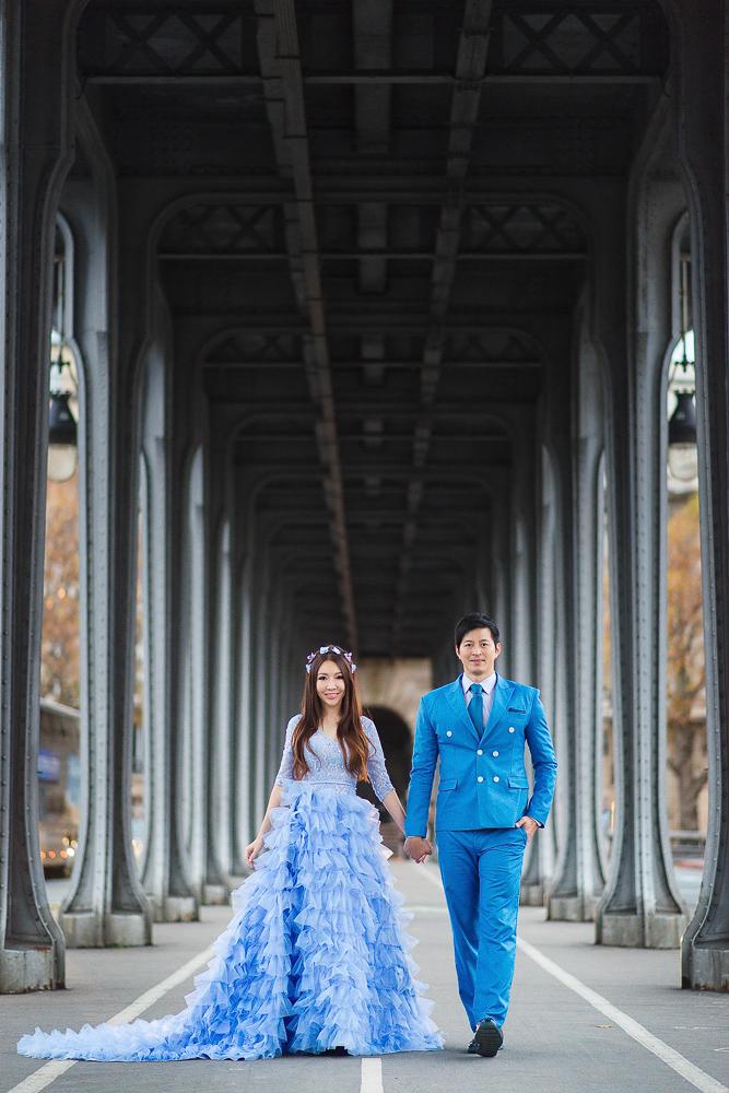 Bir Hakeim bridge beautiful structure for romantic photos