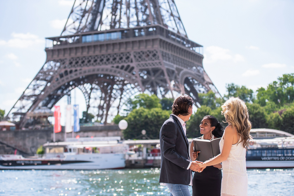 Vow renewal ceremony by the Seine River in Paris