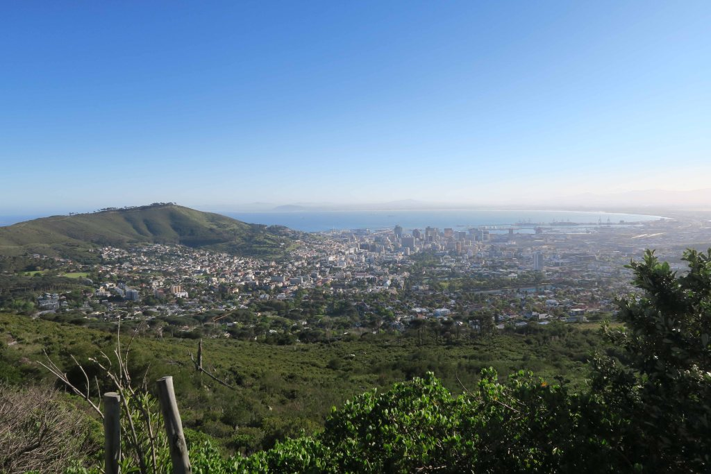 Best itinerary for Cape Town, South Africa with kids. Some family-friendly things to do in Cape Town including: Table Mountain, V & A Waterfront, Boulders Beach, Cape of Good Hope, Cape Point, Robben Island, Stellenbosch, Lion's Head and so much more for a family trip. #capetown #southafrica #tablemountain #capepoint #capeofgoodhope