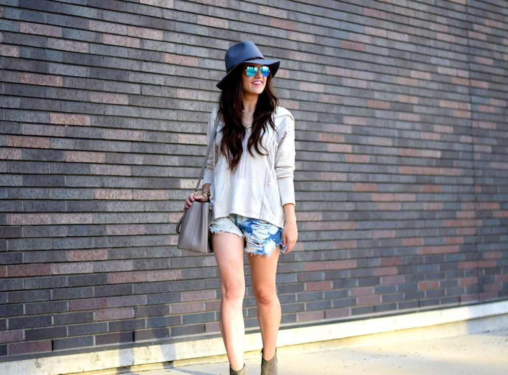 pullover and hat