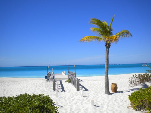 Turks-Caicos_Beach-in-Front-of-Club-Med