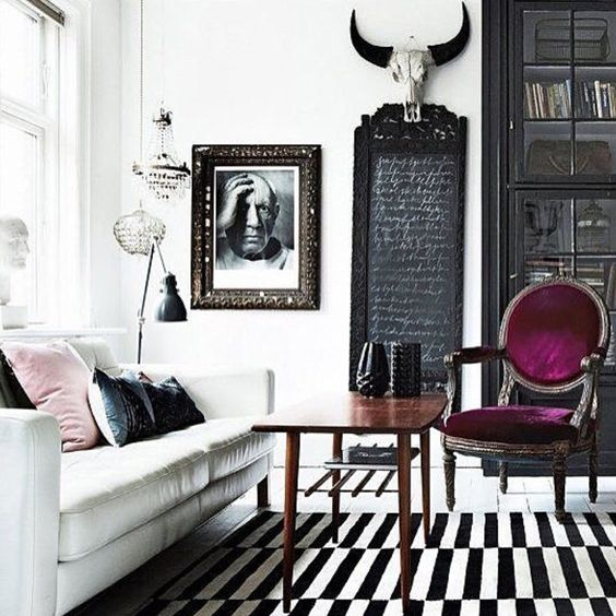 magenta-modern-antique-decor