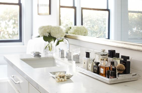 Chic Bathroom Counter Decor