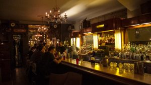 Where To Drink In Chicago Now: 10 Top Bars The Perfect Spot