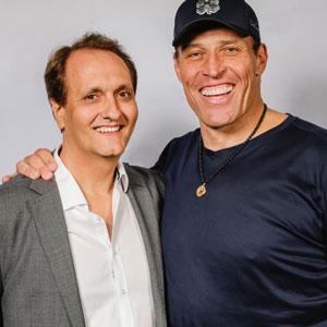 Peter-Diaz-with-Tony-Robbins